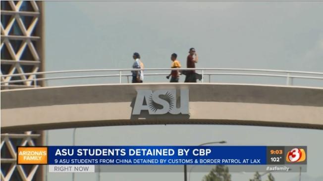 九名在亞利桑納州立大學就讀的中國留學生,日前在洛杉磯國際機場被邊境官員扣留後遣返。圖為亞利桑納州立大學校園。(截自azfamily影片)