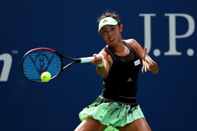 中國金花王薔1日在美網公開賽女單比賽中,爆冷完勝第二號種子巴蒂,進入大滿貫八強。(Getty Images)
