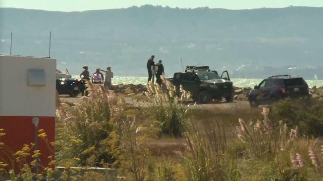闖進屋崙國際機場停機坪後失蹤的男子被發現陳屍在屋崙河口。(電視新聞截圖)
