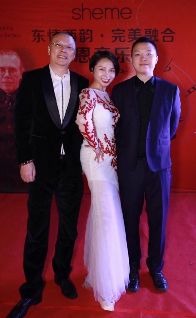 劉瓊英經營事業,有丈夫及兒子支持陪伴。(圖:廠商提供)