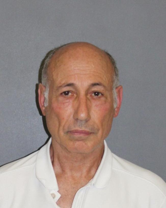 71歲的杭廷頓灘居民Ezra Schley。(橙縣檢察官辦公室提供)