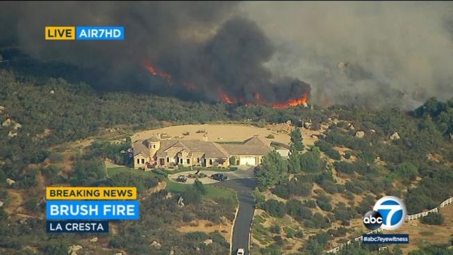 河濱縣境內野火進一步擴大,燃燒面積逾2000英畝。(ABC電視台)