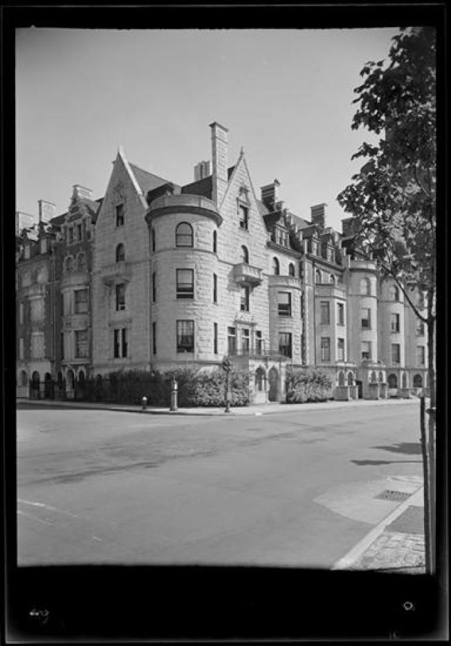 紐約市博物館收藏的于斌大廈黑白照片。(取材自紐約市立博物館)