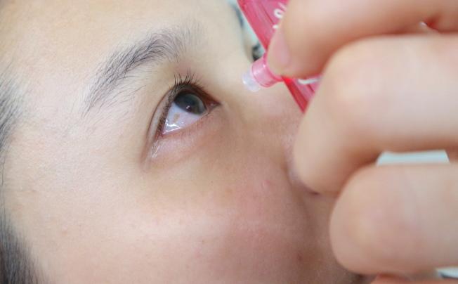 醫師開類固醇眼藥水給女童持續點用兩年,但疏於未追蹤女童眼壓,造成女童左眼失明,圖為示意圖。(聯合報系資料照片)