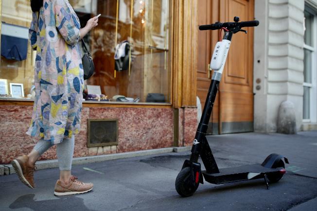 新創企業Bird在維也納推出共享電動滑板車。(路透)