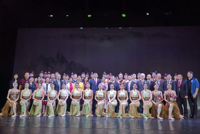 由中國遼寧芭蕾舞團耗時三年打造的芭蕾舞劇「花木蘭」,7日於大華府演出。(記者羅曉媛/攝影)