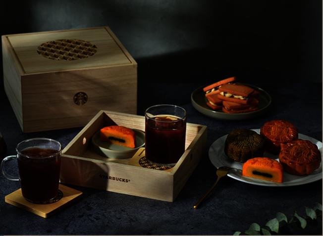 星巴克在亞洲推出「月光寶盒」。(取自官網)