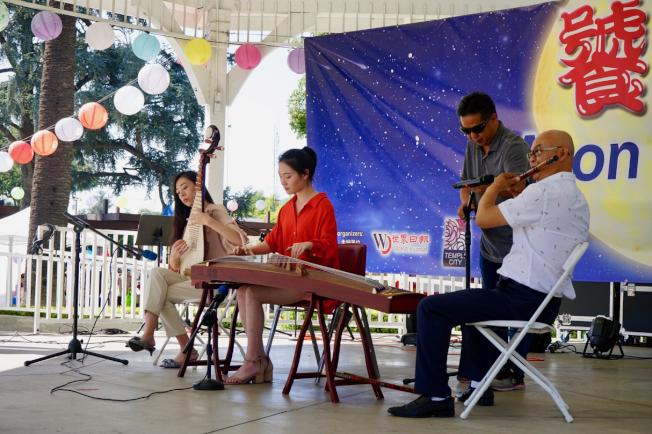 美國梅拉諾文化演藝公司中華國樂團。(記者陳開/攝影)