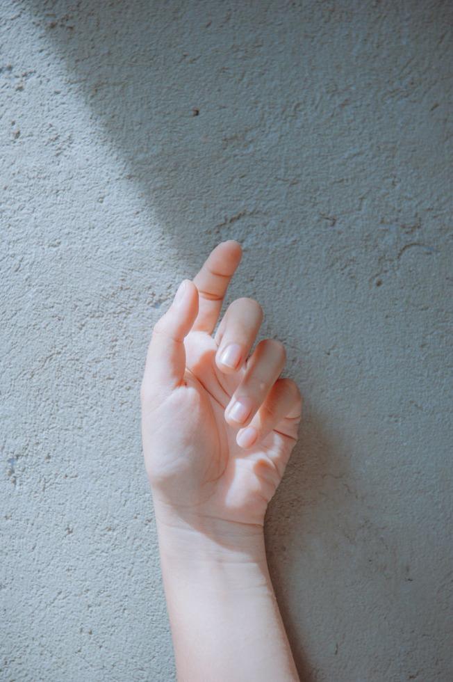 經常洗手的人,就要時常補擦。取材自 pexels