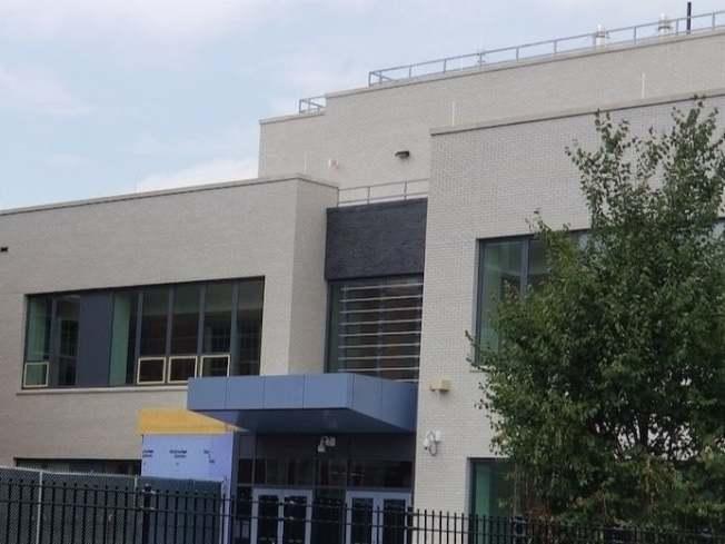 皇后區公立第303小學獲市府撥款,新學年度將增484個新座位。(紐約市學校建設管理局提供)