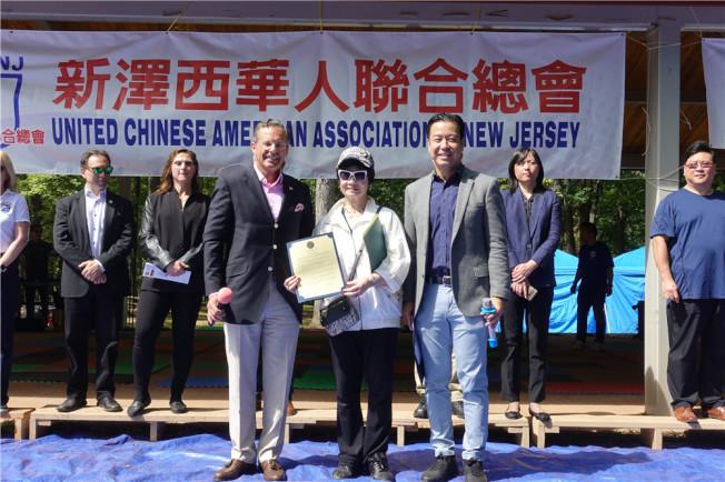 左起:安歌塢崖市長Mario Kranjac、林潔輝、市議員胡世遠。(記者謝哲澍/攝影)