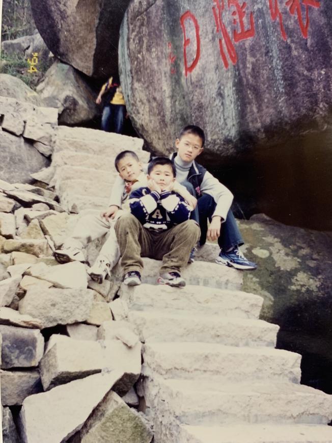 潘家三兄弟在長樂三溪家鄉度過了童年。(潘家三兄弟提供)