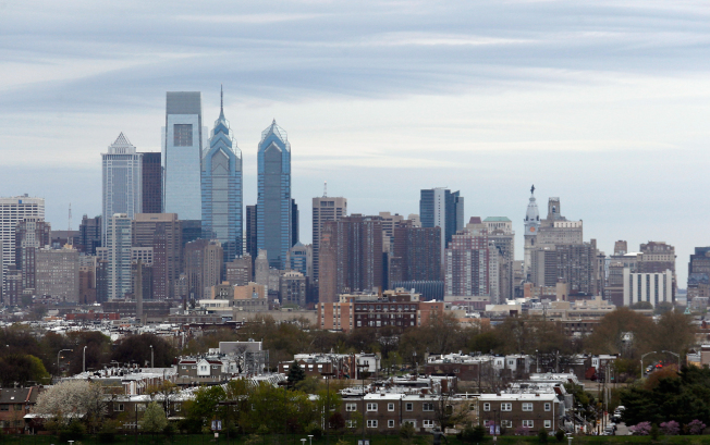 最新調查顯示,費城有超過11萬1000個職缺,8月份勞工基本薪水中位數為5萬6972元。(Getty Images)