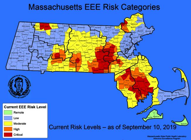 麻州EEE病例和風險繼續擴大,被列「嚴重」的城鎮增至36 個(紅色部分)。(取自公衛廳網站)
