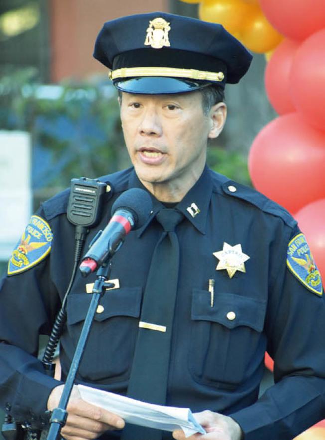 中央分局長易文耀證實,被捕的非裔嫌犯15分鐘內連續無故攻擊兩華裔男女,使兩人倒地受傷。(記者李秀蘭/攝影)