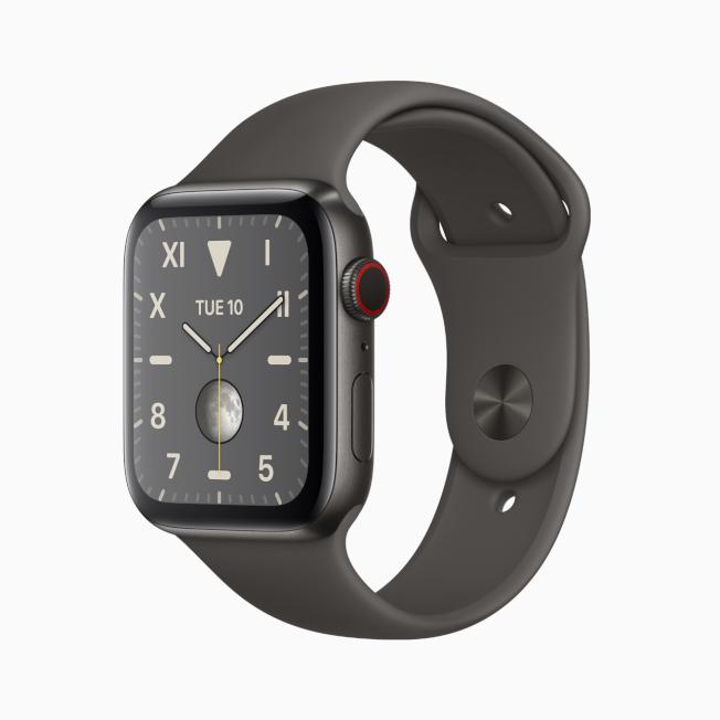 鈦金屬材質表殼的Apple Watch Series 5。(圖:蘋果提供)