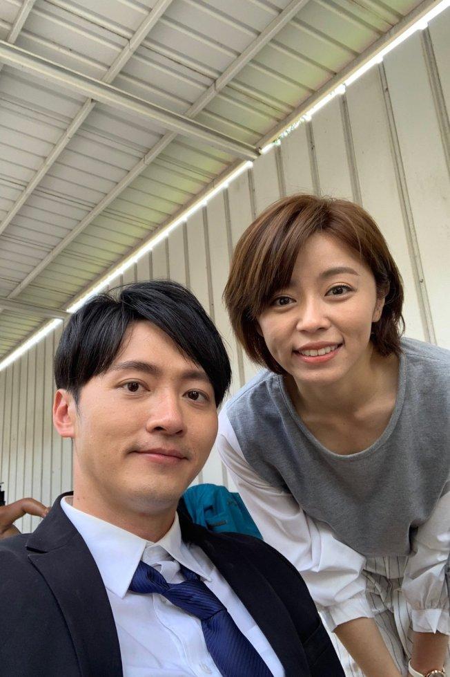 馬俊麟(左)和王瞳合作「大時代」頻傳兩人擦槍走火。(取材自臉書)