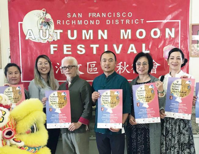 許多功夫好手及藝術家將在列治文區新華埠的中秋街會上有精彩的演出。(記者李秀蘭/攝影)