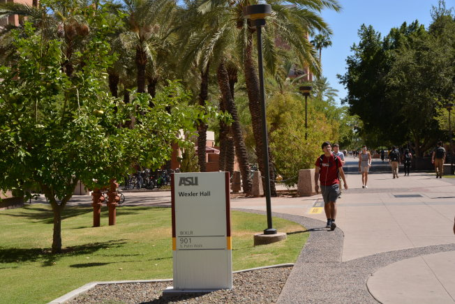 亞利桑納州立大學(ASU)校園內的中國留學生不少。(記者丁曙/攝影)