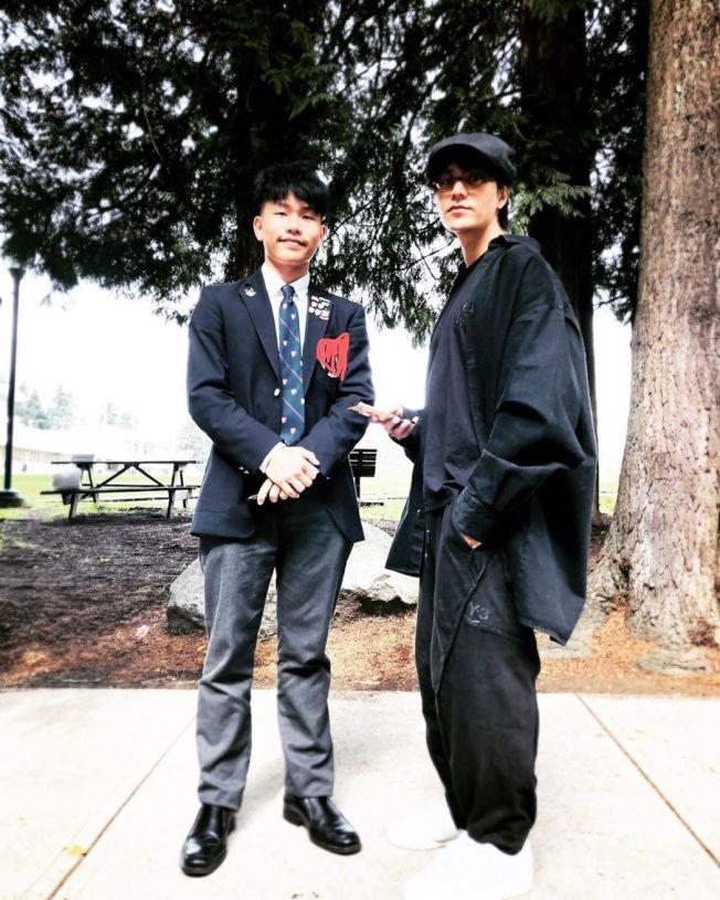 陳坤(右)在Instagram曬出與17歲兒子的同框照。(取材自Instagram)