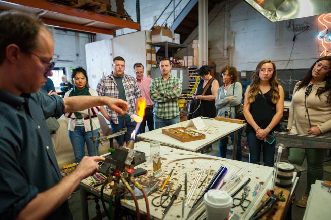 「紐約建築開放周」讓民眾有機會了解建築背後的獨特故事。圖為Brooklyn Glass。(David Mark Erickson攝影)