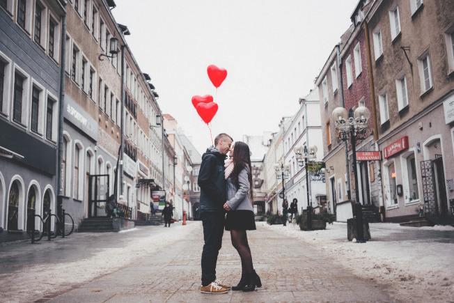 接吻遠比人們意識到的要重要得多。(pexels)