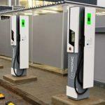 方便遊客 賭城增設電動車充電站