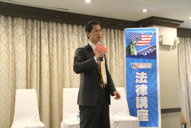陳明利14日主講家庭暴力,提醒華裔勿把管教孩子、對寵物施暴當「小事」,後果可能非常嚴重。(記者賴蕙榆/攝影)