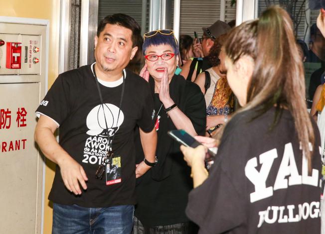 郭富城「舞林密碼」世界巡迴演唱會台北站Day 2,許多演藝界人士都到場,張小燕(中)到場。(記者曾原信/攝影)