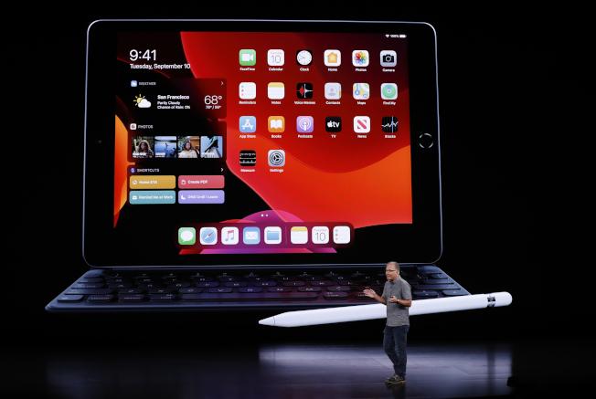 蘋果發表第7代iPad。(路透)