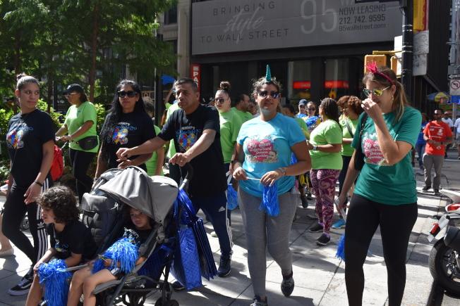 「2019紐約市自閉症發聲健走」15日在曼哈頓下城登場。(記者顏嘉瑩/攝影)