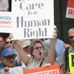 「公共負擔」掀恐慌 美國無健保者去年暴增至2750萬