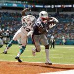 NFL/布朗轉戰首秀就達陣 愛國者43:0痛宰海豚