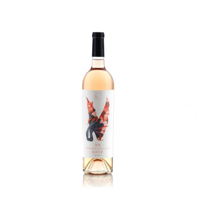 火鳥作為形象的「Hi No Tori」粉紅酒,象征浴火重生。(姜理得提供)