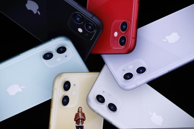 在蘋果新機預購中,中國消費者最青睞售價較便宜的iPhone 11。路透