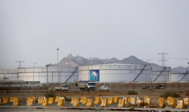 各國的原油儲備也足以支應短期所需。(美聯社)