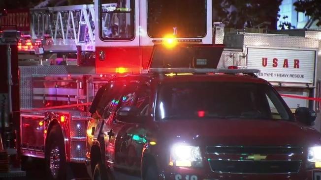 聖荷西成人性玩具店疑遭縱火,一人死亡。(電視新聞截圖)