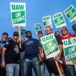 5萬汽車工罷工 通用50多廠停擺