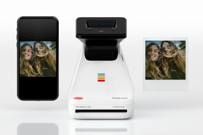 Polaroid Originals推出「Polaroid Lab」手機照片列印機。(取材自Polaroid Originals)