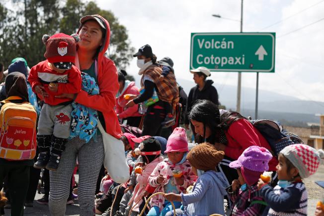 厄瓜多爆發個資外洩事故,連孩童也是受害者。路透