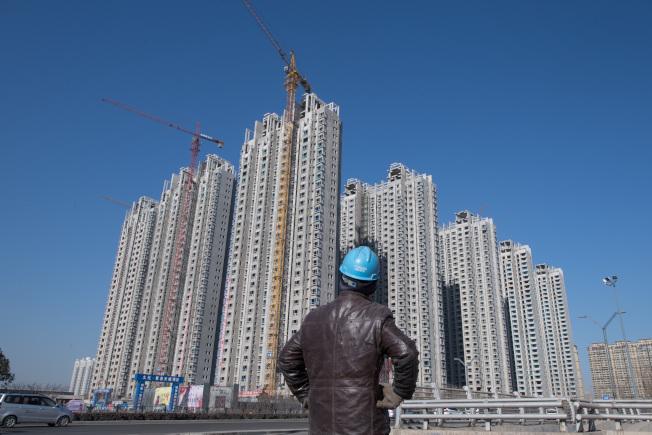 中國公布8月70大城市房價指數年比、月比漲幅均收窄,意味著「金九銀十」房市旺季恐難再現。 (中新社)