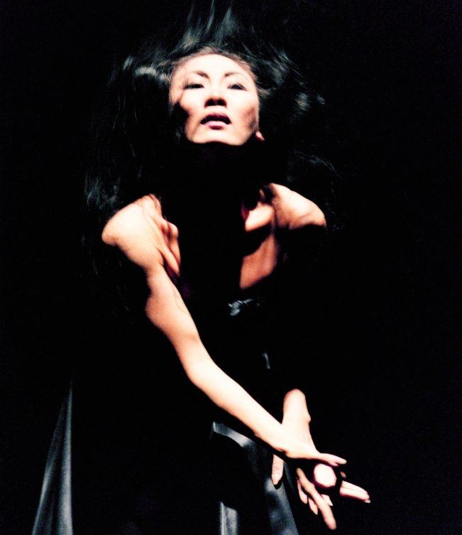 李靜君演出《家族合唱》。(圖:謝安提供)