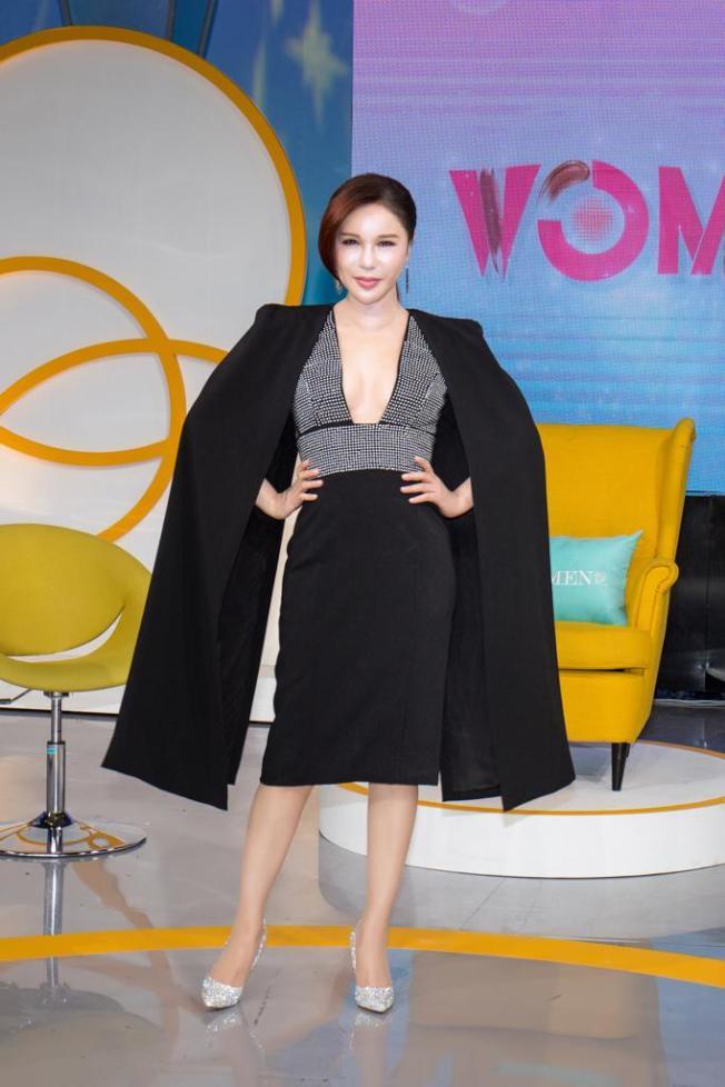 利菁接下東風新節目「WOMEN說」。(圖:東風提供)