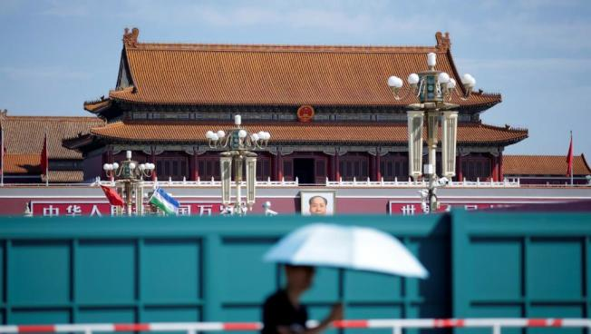 中共建政70周年大慶一天天臨近,北京維穩措施升級到連胡錫進都有話說。圖為天安門廣場。(路透)