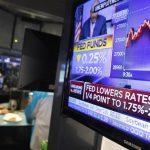 Fed不鬆口續降息 股指跌深收平