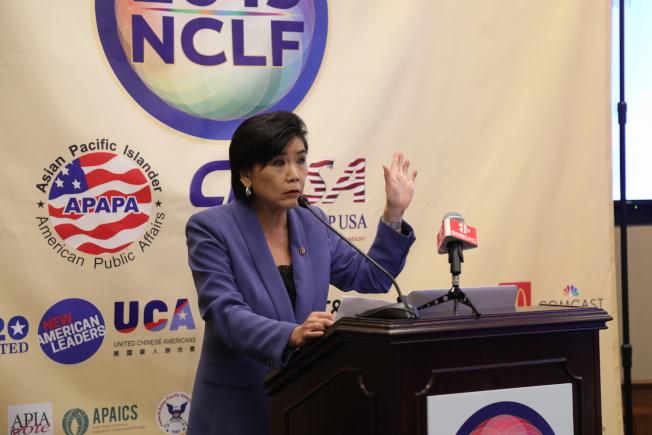 亞太公共事務聯盟(APAPA)與美國公民領袖論壇(CLUSA)共同舉辦的「全美公民領袖論壇」在華府舉行,國會議員趙美心到場支持。(記者羅曉媛╱攝影)