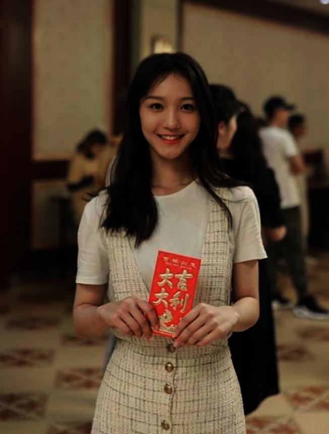 劉露曾演出《時光與你都很甜》和《三千鴉殺》兩部網劇。(取材自微博)