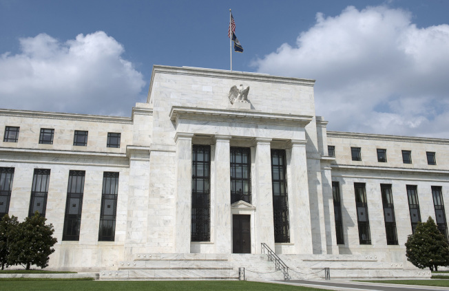 Fed如期降息25基點,但對未來看法分歧。(美聯社)
