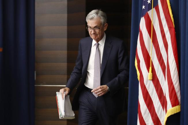 Fed如期降息25基點,但對未來看法分歧。鮑爾說,看不出有再降息的必要(美聯社)