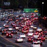 川普廢加州自訂汽車排放權力 州長誓提控